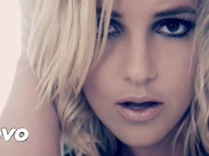 "Britney Spears ""Criminal """